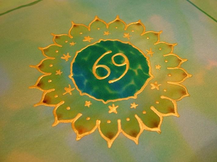 silk mandala pictures fiona stolze